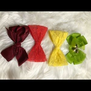 Set of 4 Hair Bows..!!!